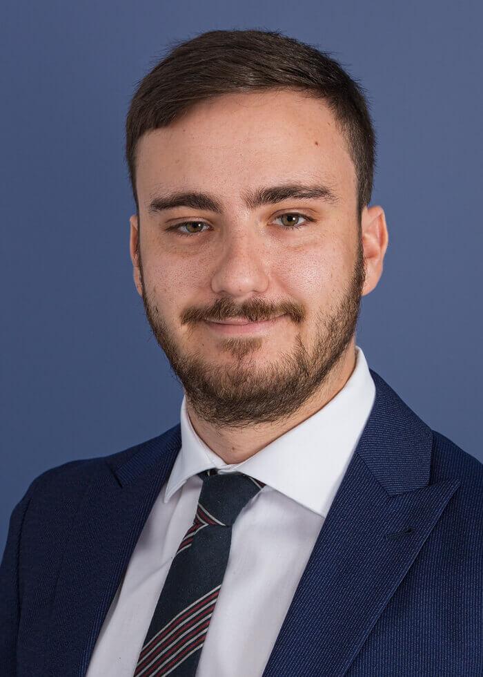 Jonathan Corobow, Associate Consultant